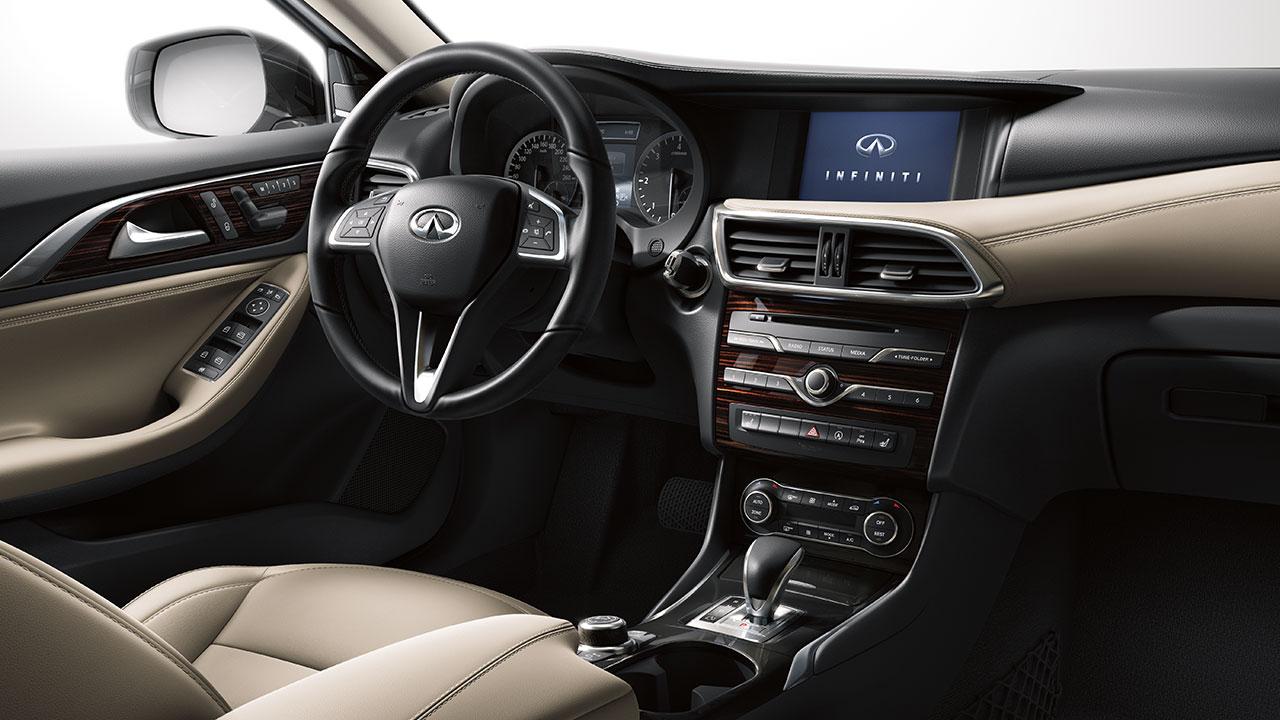 التصميم الداخلي للسيارة إنفينيتي QX60 موديل 2017 ا