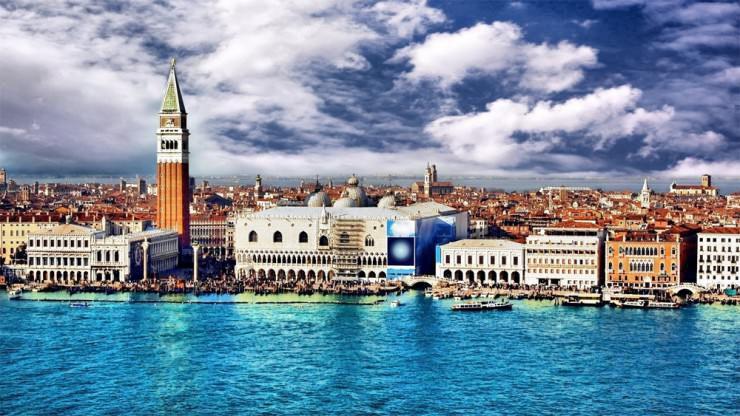 إيطاليا هي البلد التاريخية والمليئة بالكنوز المعمارية