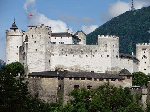 ثلاث أيام سياحة سالزبورج النمسا Hohen-Salzburg1.jpg