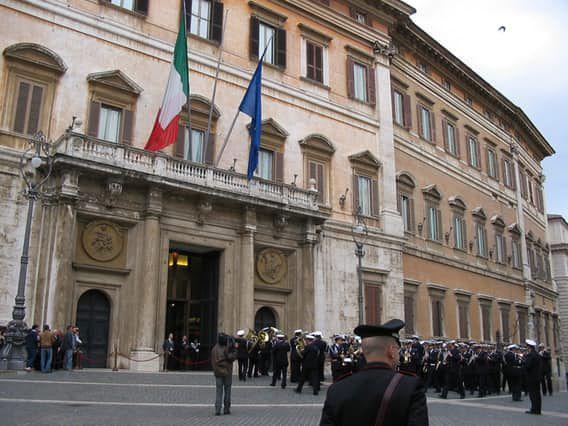 إيطاليا تحصل على المرتبة الثامنة من بين الدول المصدرة للأسلحة