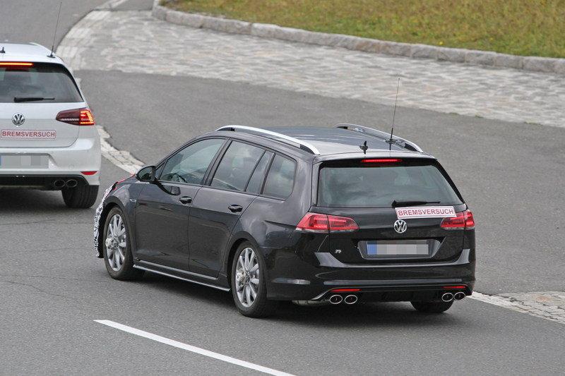 تصميم الجهة الخلفية من السيارة فولكس واجن جولف R 2018