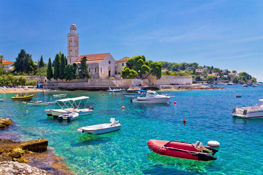جزيرة هفار كرواتيا  جزيرة هفار كرواتيا