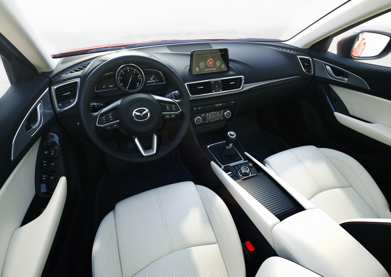 التصميم الداخلي للسيارة مازدا 3 موديل 2017