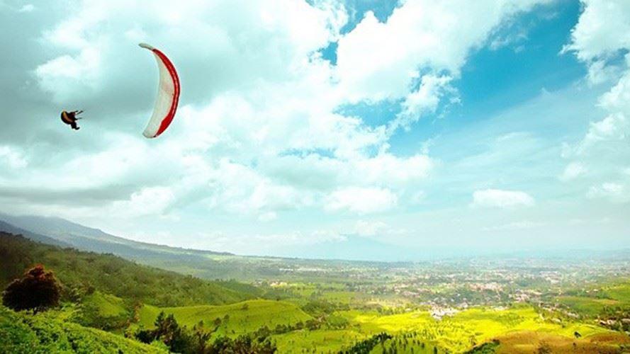 الطيران الشراعي اندونيسيا paragliding-flights-