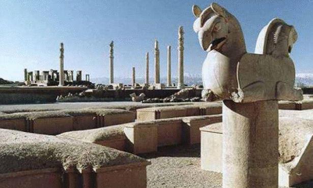 الحياة قديماً في بلاد فارس