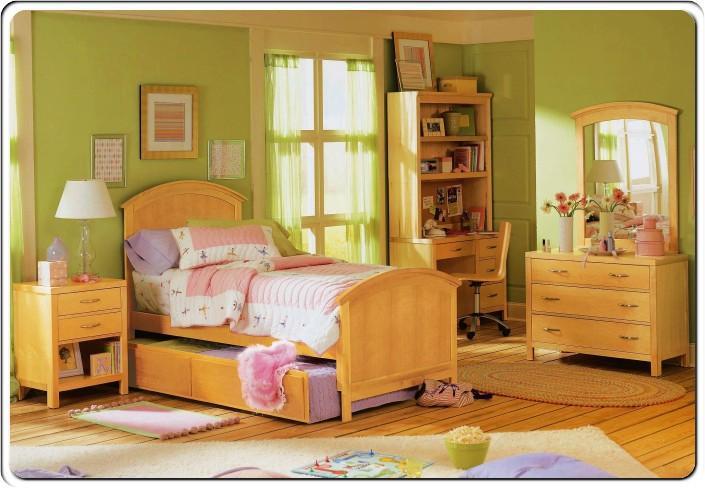 غرفة نوم باللون الاخضر