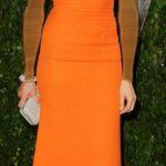 فستان برتقالي