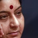 """الوزيرة الهندية """" سوشما سواراج """" التي يتسابق الهنود للتبرع بالكلى لها"""