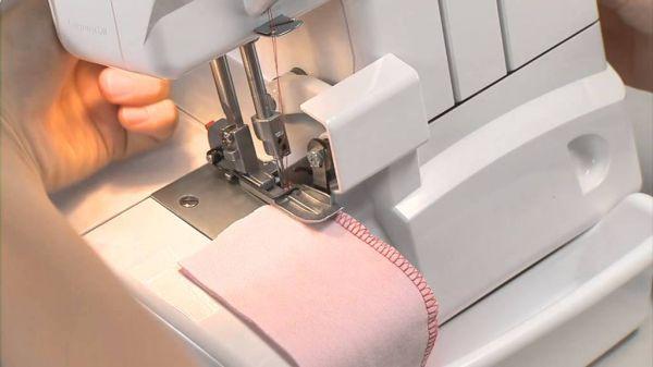 ماكينة خياطة اوفر لوك من جوكي MO-50E