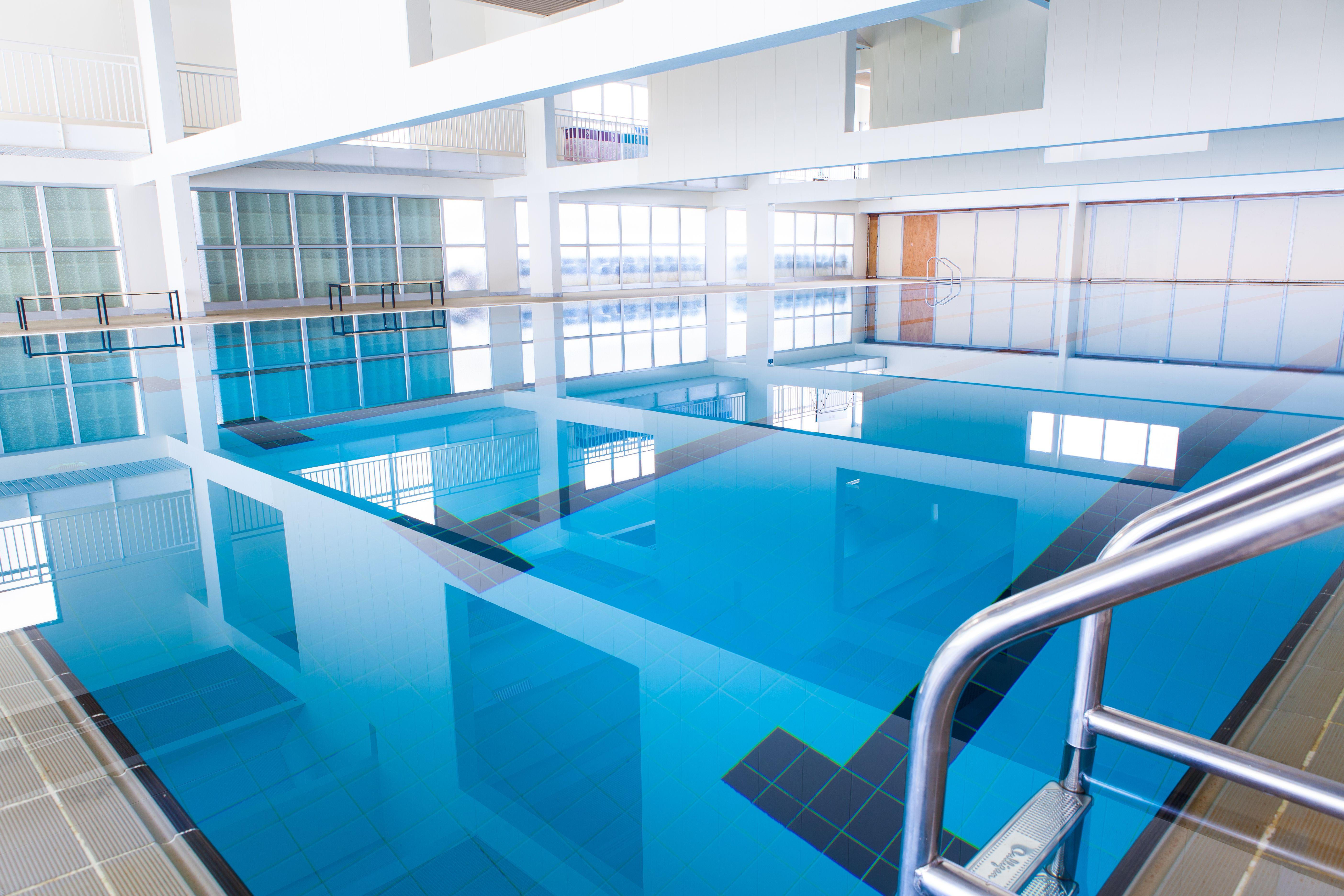 مسبح أوليمبي