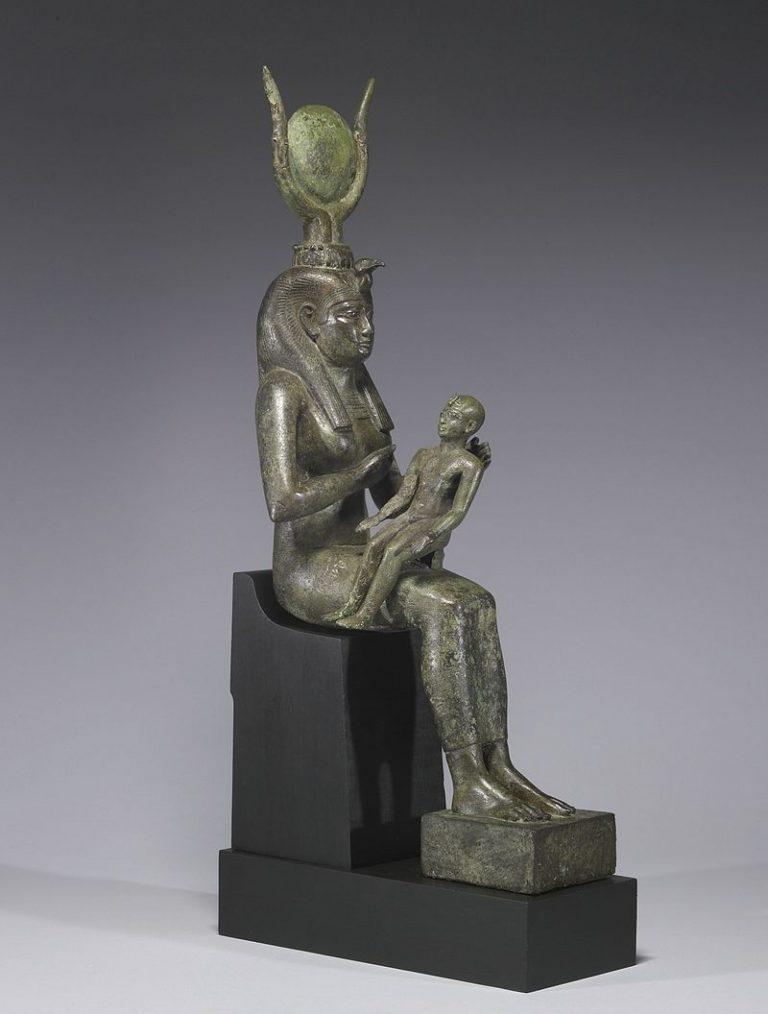 تعرف على اسطورة ايزيس و اوزوريس ظٹط²ظٹط³-ظˆ-طظˆط±ط³-768x1014.jpg