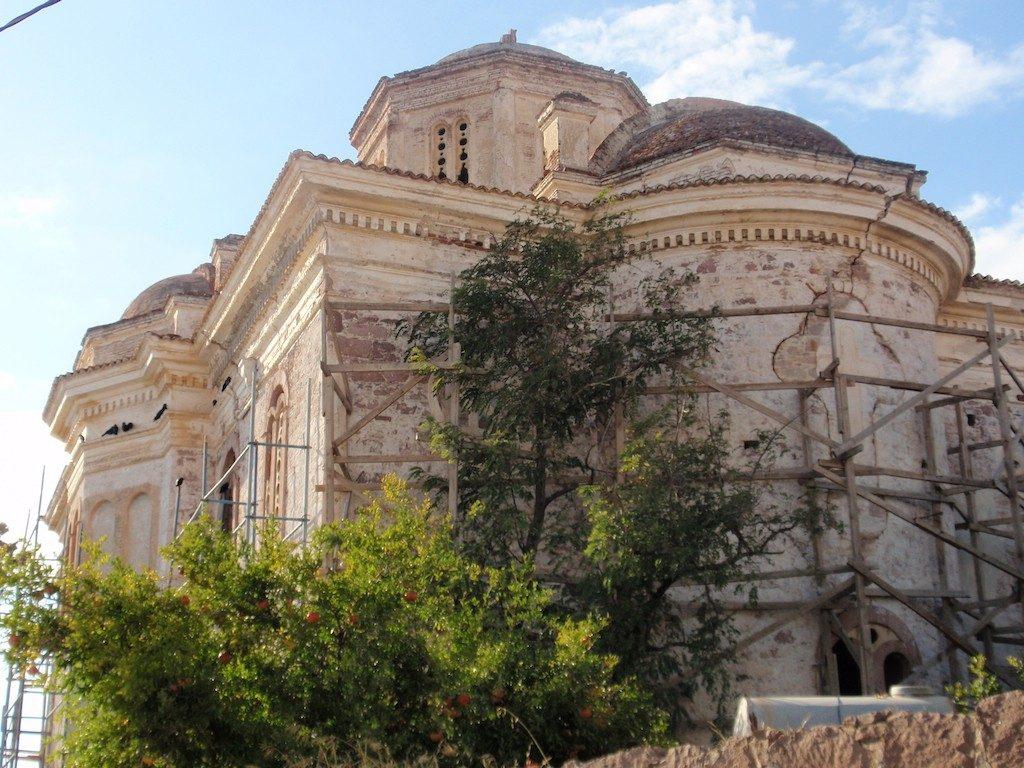 كنيسة Taksiyarhis