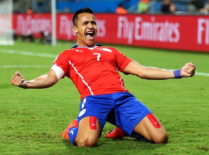 سانشيز مع منتخب تشيلي والذي يعتبر من أهم اللاعبين على المستوى الدولي في السنوات الأخيرة وأحرز العديد من الأهداف