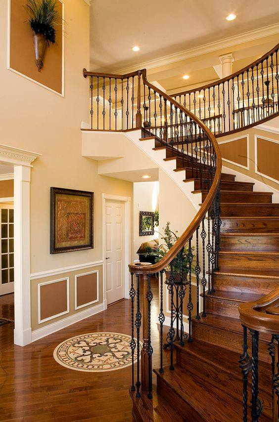 2017 Inside staircase in houses