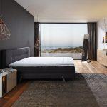 غرف نوم بواجهة زجاجية