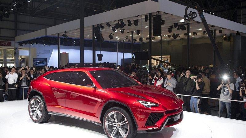 التصميم الخارجي للسيارة لمبرجيني اوروس موديل 2018 الجديدة :