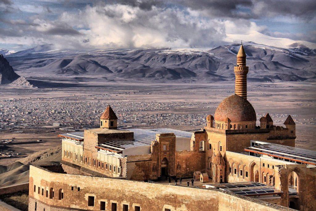 أجمل القصور العثمانية قصر اسحاق باشا