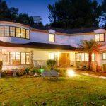see the splendor of scarlett johansson's house See the splendor of Scarlett Johansson's house  D8 A7 D9 84 D9 85 D9 86 D8 B2 D9 84  D9 85 D9 86  D8 A7 D9 84 D8 AE D8 A7 D8 B1 D8 AC 150x150