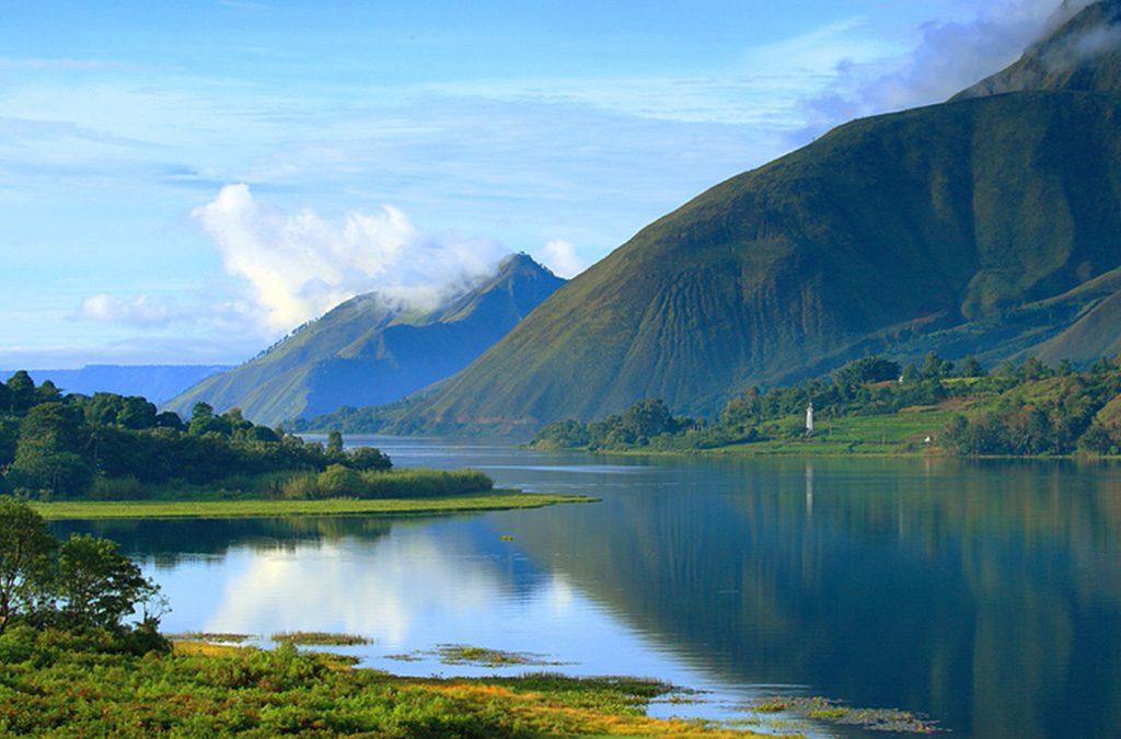 بحيرة توبا انودنيسيا