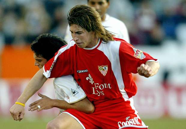 راموس مع أشبيلية والذي كانت البداية مع هذا الفريق وأنتقل بعدها لريال مدريد