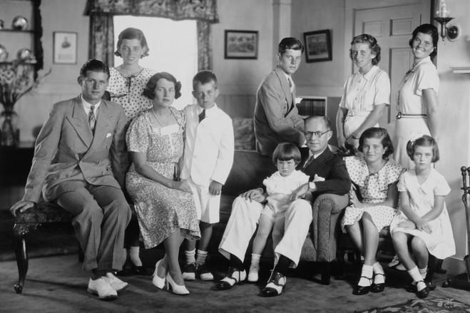 لعنة عائلة كينيدي | المرسال