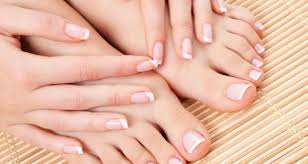 Ways to get attractive and beautiful nails Ways to get attractive and beautiful nails Ways to get attractive and beautiful nails  D8 BA 11