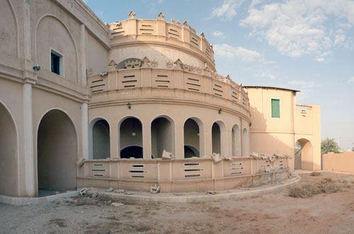 قصر مشرف على مر السنين