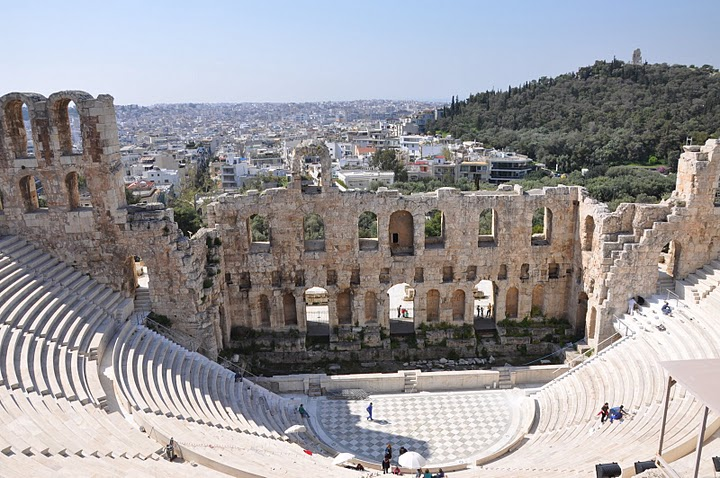 مسرح ديونيسيوس