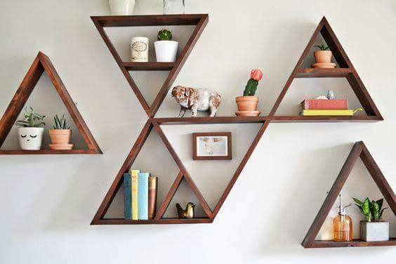 مكتبو مثلثات