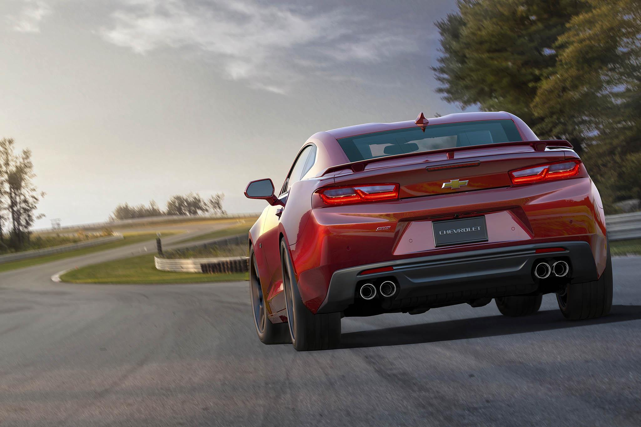 صور شيفورلية كامارو ZL 1 موديل 2018 الجديدة .. رمزاً جديداً للقوة 2017 video 2018-Chevrolet-Camar