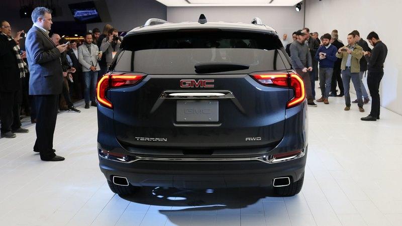 قوة المحرك والأداء للسيارة جمس تيرين موديل 2018 الجديدة :