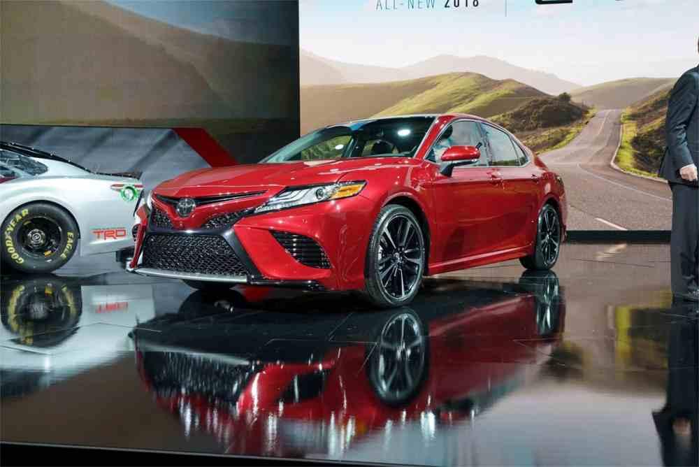 صور تويوتا كامري 2018 .. جيل جديد مختلف كليا 2017 video New-Toyota-Camry-201