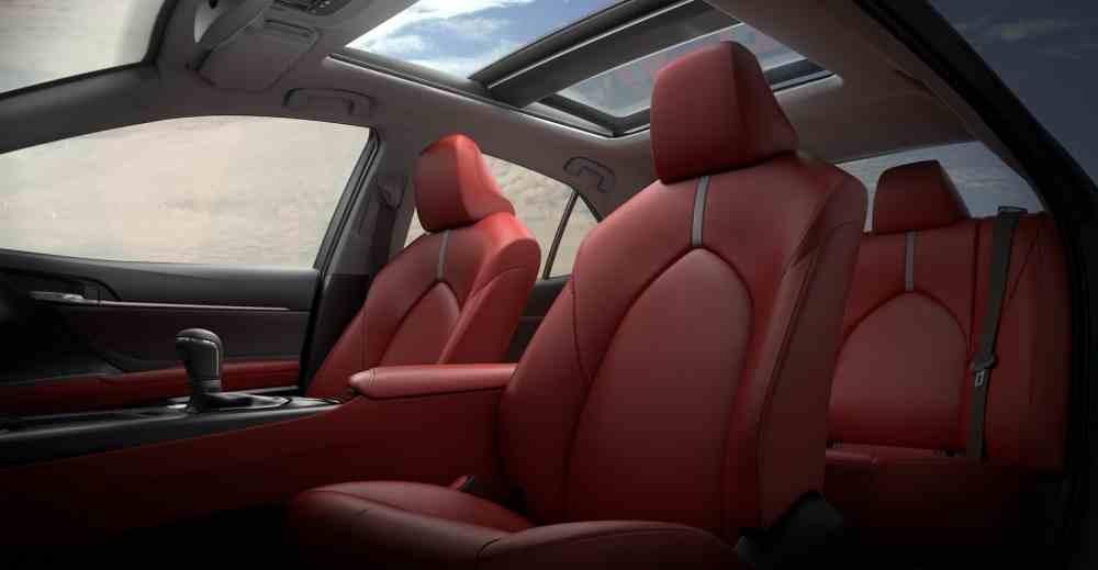صور تويوتا كامري 2018 .. جيل جديد مختلف كليا 2017 video Seats-Toyota-Camry-2