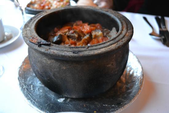 مطعم Han Çiragan