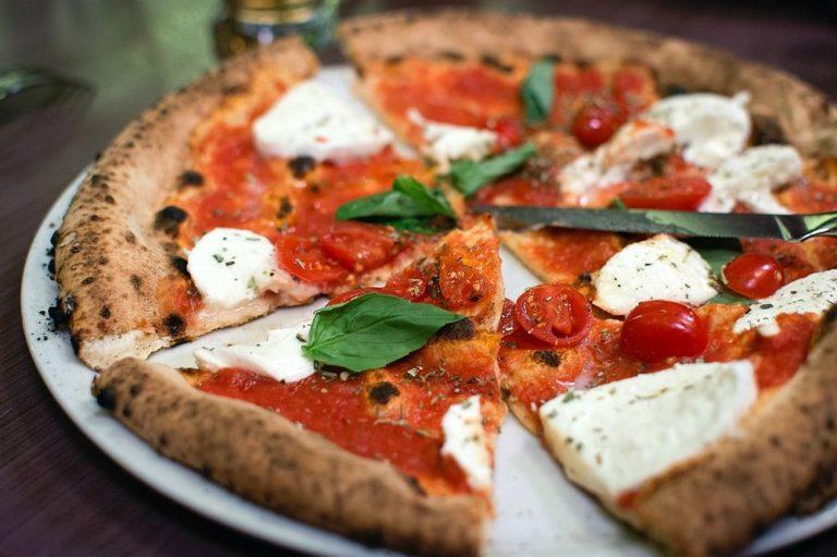دليل الأكلات الشعبية في إيطاليا مجلة السياحة العربية مجلة السياحة العربية