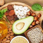 الأطعمة التي تساعد في توازن الهرمونات