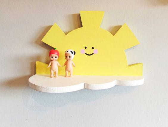 رف على شكل شمس