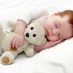 وضعيات النوم الآمنة وغير الآمنة للأطفال