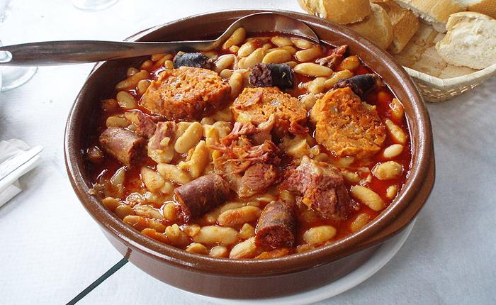 دليل الأكلات الشعبية في أسبانيا 776700.jpg