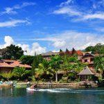 بحيرة توبا في أندونيسيا