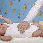 طرق منزلية لعلاج إرتجاع الحموضة عند الرضع