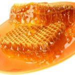 فوائد تناول شمع العسل