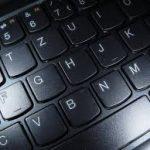 طرق مختلفة لتنظيف الكيبورد و شاشة الكمبيوتر