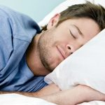 كيفية النوم بطريقة صحيحة