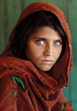 اكثر الصور المؤثرة والمعبرة 4.-Afghan-Girl-–-198