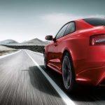 طريقة التقليل من سرعة السيارة بدون استخدام المكابح