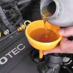 هل يمكن تنظيف زيت المحرك في السيارات ؟