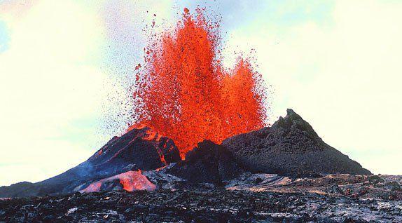 اسماء وانواع البراكين Interesting-Facts-about-Volcanoes