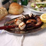 عشرة أطباق لا يفوتك تجربتها في مدينة أزمير