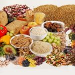 فوائد وأهمية الألياف الغذائية لتقليل ألام الركبة مع التقدم بالعمر